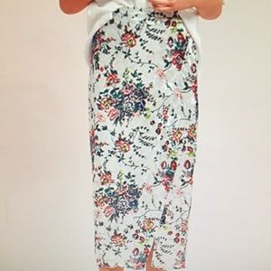 EVIE VELVET FLORAL PENCIL Skirt by Maeve